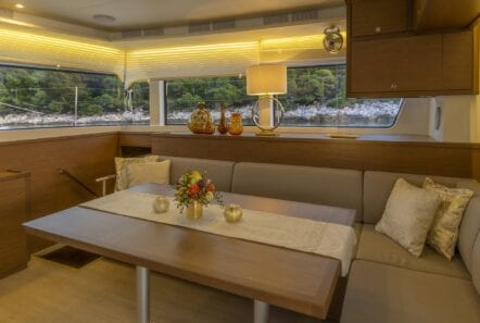 flo catamaran exterior salon (5) - Valef Yachts Chartering