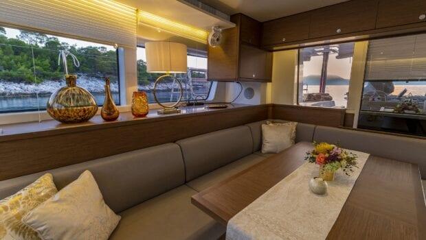 flo catamaran exterior salon (6) - Valef Yachts Chartering