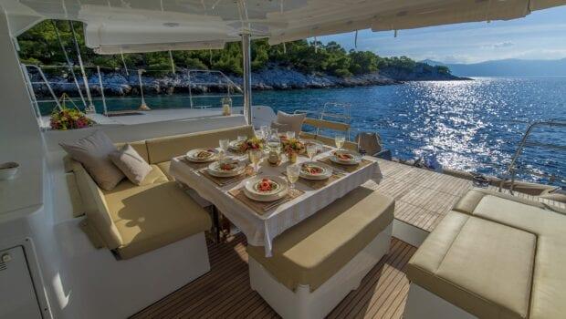flo catamaran exterior spaces (24) - Valef Yachts Chartering