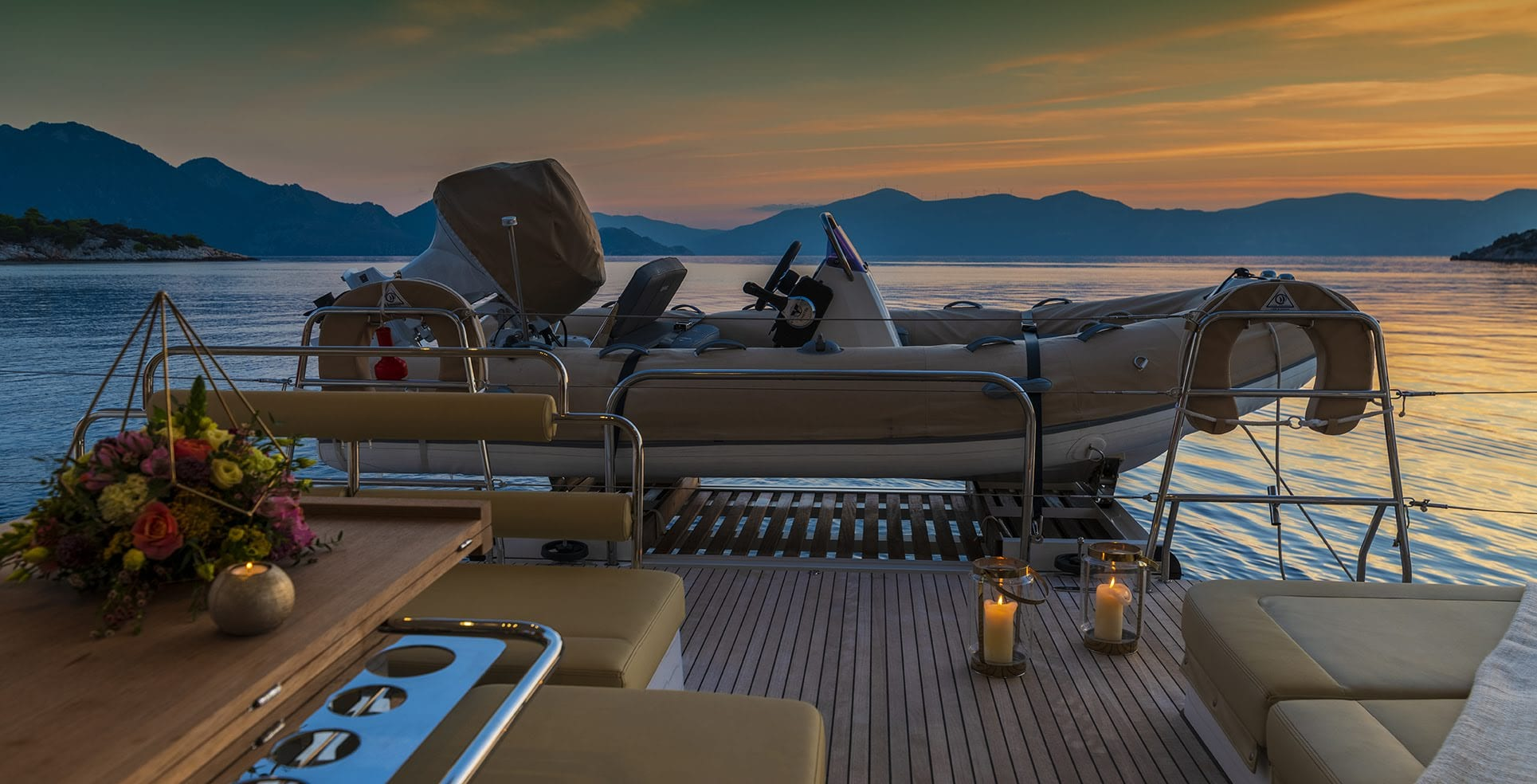 flo catamaran exterior tender - Valef Yachts Chartering