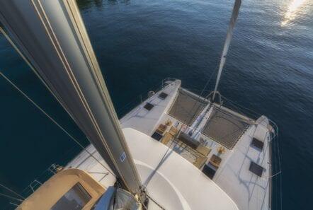 flo catamaran fore net (2) - Valef Yachts Chartering