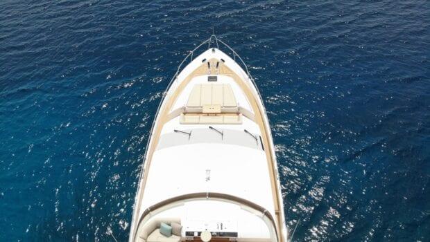 gia sena motor yacht bnow (1) - Valef Yachts Chartering