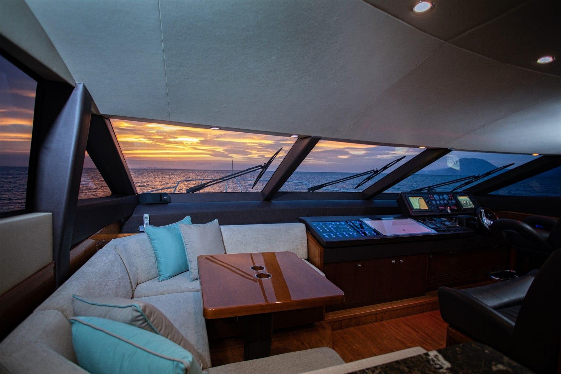 gia sena motor yacht bridge - Valef Yachts Chartering