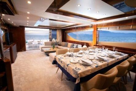 gia sena motor yacht dining (2) - Valef Yachts Chartering