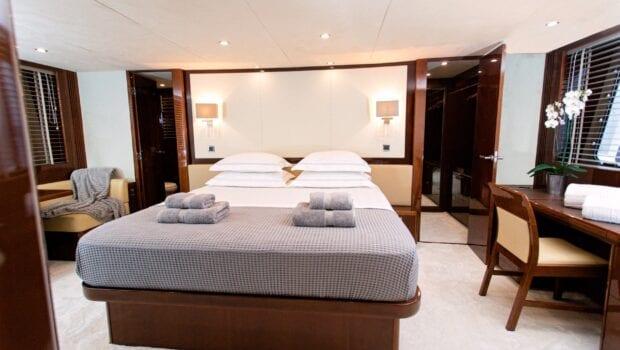 gia sena motor yacht master suite (1) - Valef Yachts Chartering
