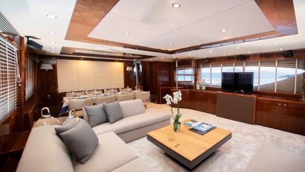 gia sena motor yacht salon (2) - Valef Yachts Chartering