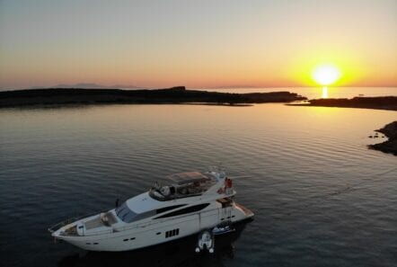 gia sena motor yacht sunset - Valef Yachts Chartering