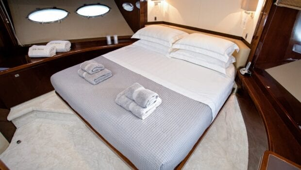 gia sena motor yacht vip - Valef Yachts Chartering