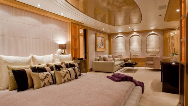 mercury megayacht grand owner suite (4) - Valef Yachts Chartering