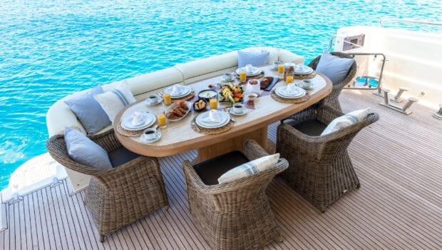 pareaki motor yacht aft table (Custom) - Valef Yachts Chartering