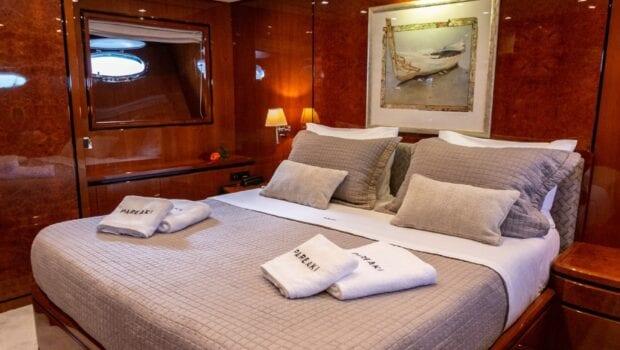 pareaki motor yacht cabins (11) (Custom) min - Valef Yachts Chartering