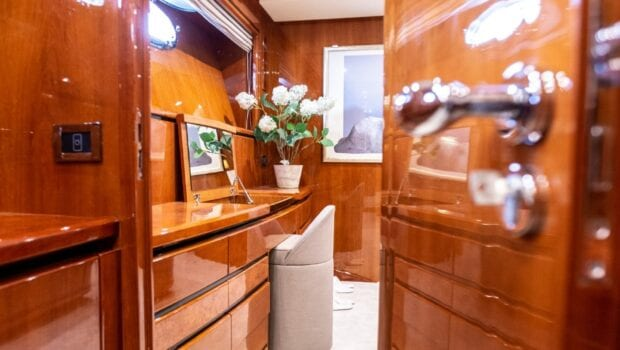pareaki motor yacht cabins (4) (Custom) min - Valef Yachts Chartering