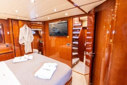 pareaki motor yacht cabins (9) (Custom) min - Valef Yachts Chartering