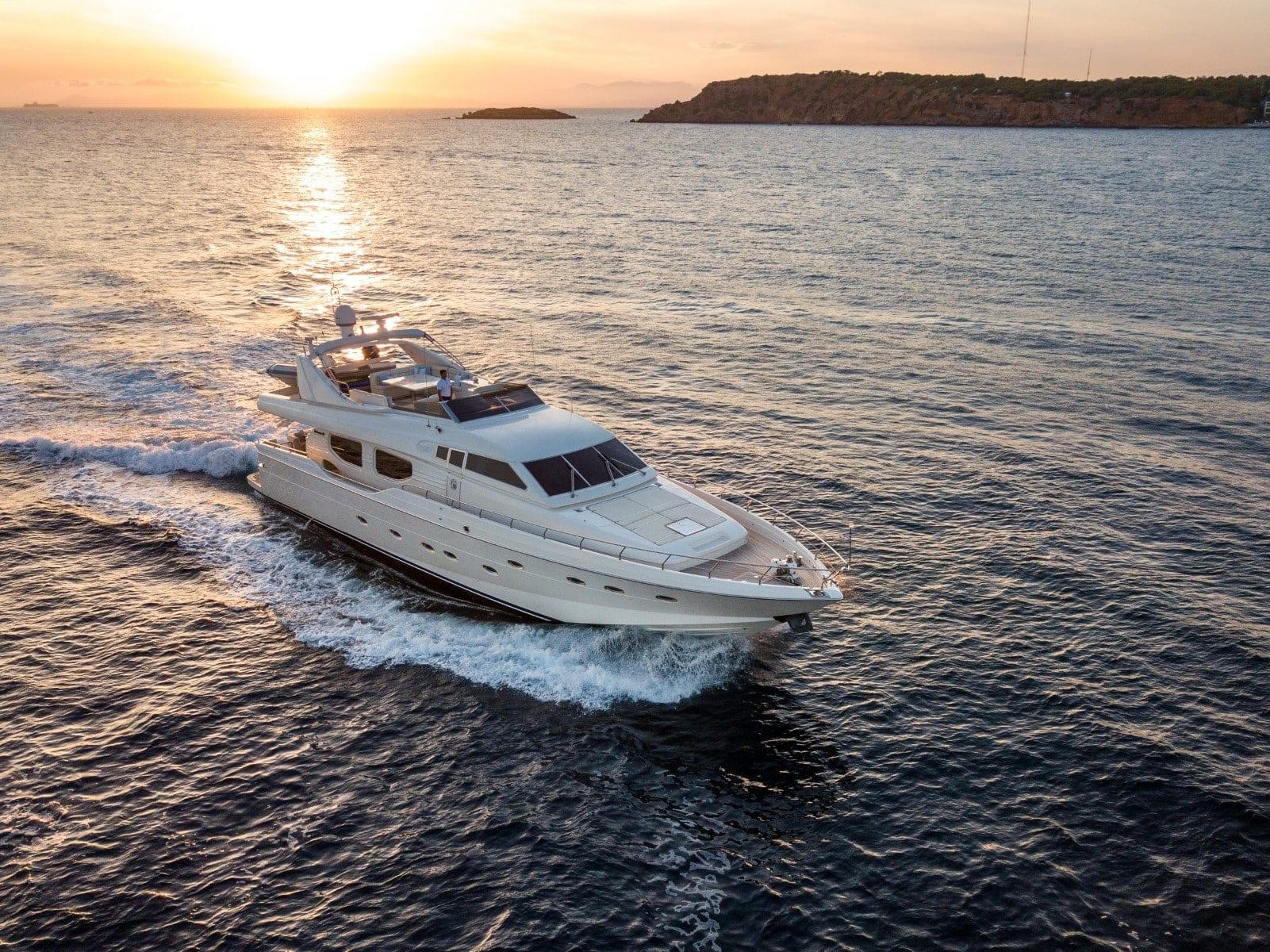 pareaki motor yacht exterior profile (1) (Custom) min - Valef Yachts Chartering