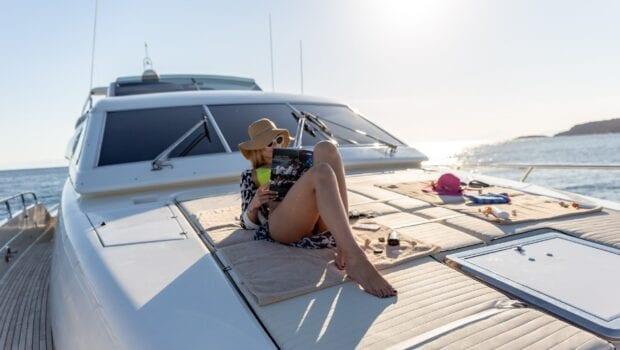 pareaki motor yacht lifestyle (1) (Custom) min min - Valef Yachts Chartering