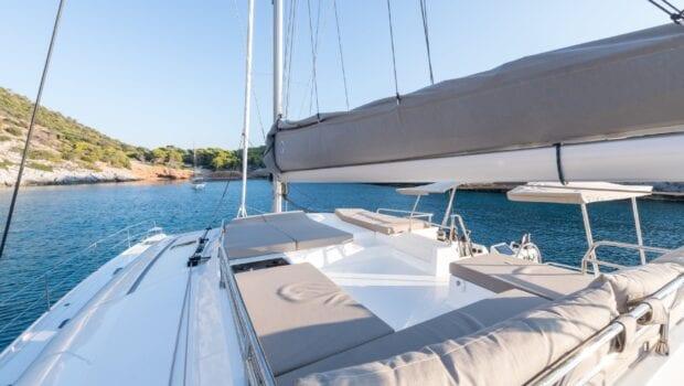 pi2 catamaran exterior (7) (Custom) min - Valef Yachts Chartering