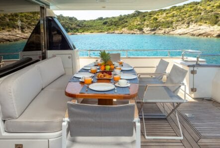 the bird motor yacht aft table (2) min - Valef Yachts Chartering