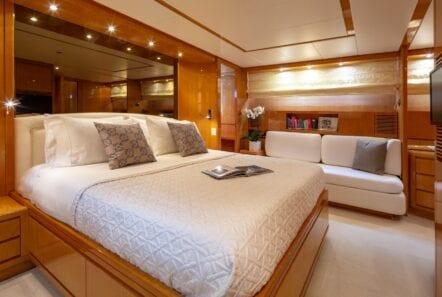 the bird motor yacht master suite (3) min - Valef Yachts Chartering