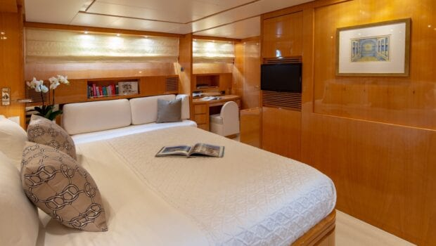 the bird motor yacht master suite (5) min - Valef Yachts Chartering