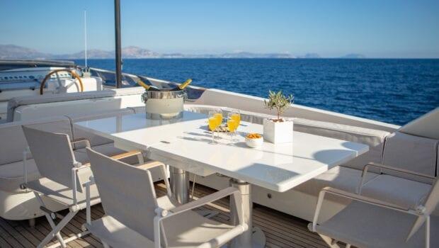 the bird motor yacht sundeck (1) - Valef Yachts Chartering