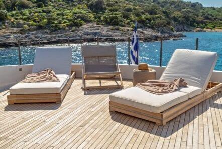 the bird motor yacht sundeck (6) min - Valef Yachts Chartering