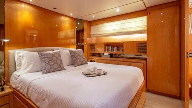 the bird motor yacht vip suite (9) min - Valef Yachts Chartering