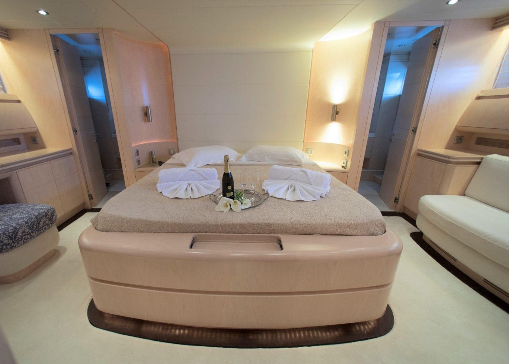 princess l motor yacht master suite min - Valef Yachts Chartering